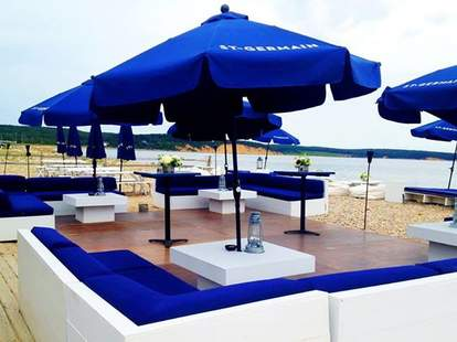 Navy Beach Restaurant Hamptons