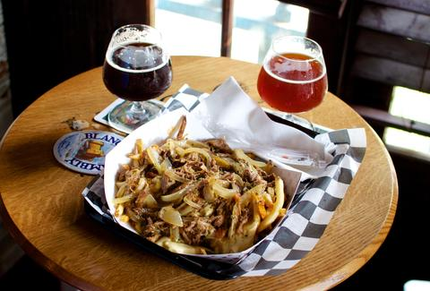 Avenue Pub fries