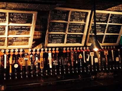 fools gold bar new york city dive