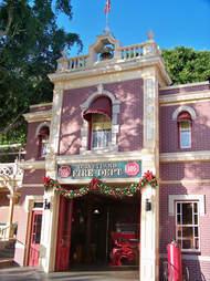 Disneyland Secrets, Revealed
