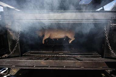pig cooking