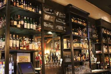 Holy Grail Pub Plano Guide to Eating and Drinking DAL