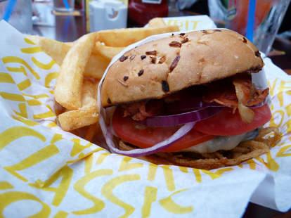 Red Robin peppercorn burger