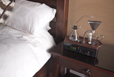 Barisieur coffee-brewing alarm clock