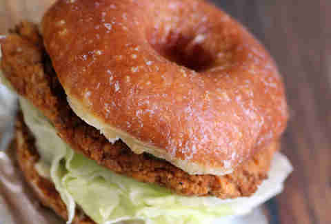 do-rite donut chicken sandwich