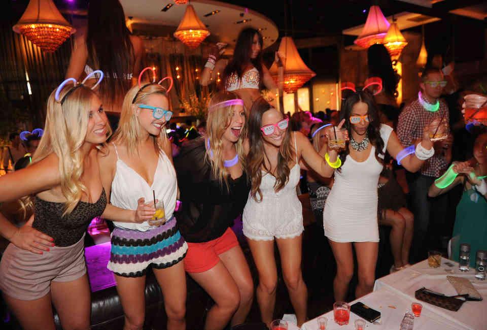 Best Party Restaurants In Vegas Thrillist