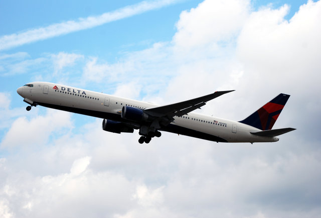 Best Airline In America Delta Airlines Ranks As The Best In The Us