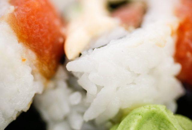 18 ways that grocery store sushi is different from serious sushi