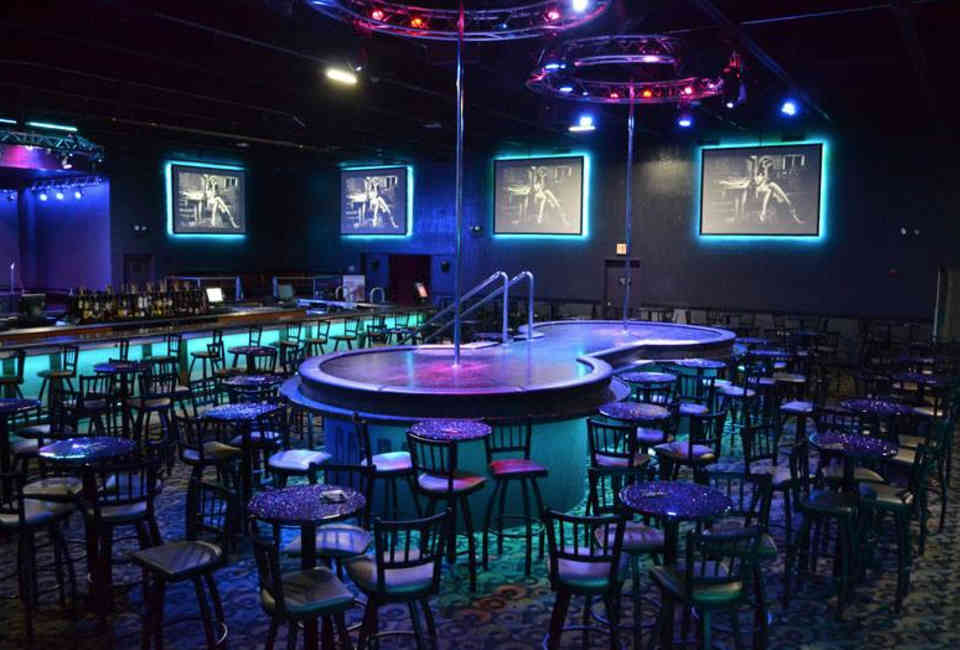 The 7 Best Chicago Strip Clubs, Ranked [With Photos] - Thrillist