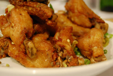 Best La Chicken Wings Sunny Spot Buff Wings And More Thrillist