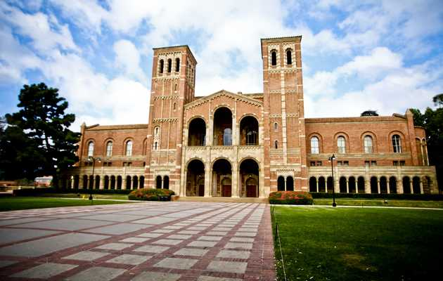 UCLA Drinking Guide: The top 13 Bruin-friendly bars near campus