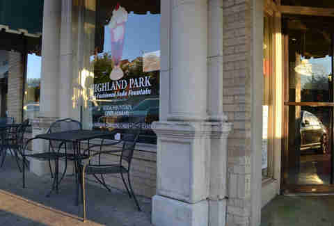 Highland Park Soda Fountain Most Iconic Restaurants DAL