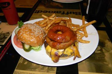 cu boulder the sink burger