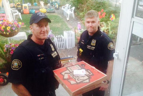 portland police delivering pizza