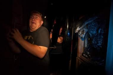 Alien vs. Predator Haunted House at Halloween Horror Nights Orlando