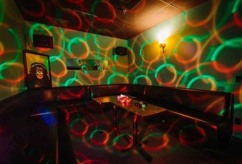 Max Karaoke Studio: A Los Angeles, CA Bar