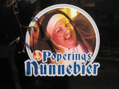 Poperings Nunnebier label