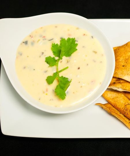 MKT Bar queso