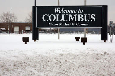 Welcome to Columbus sign
