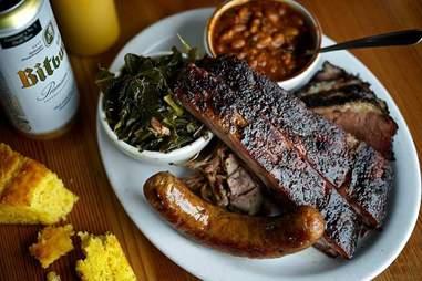 Podnah's Pit Barbecue in Oregon