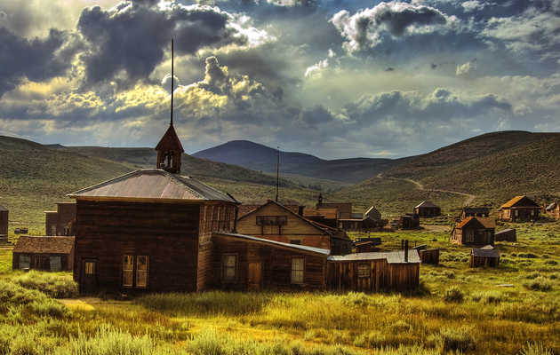 12 of the Most Eerily Abandoned Towns in America