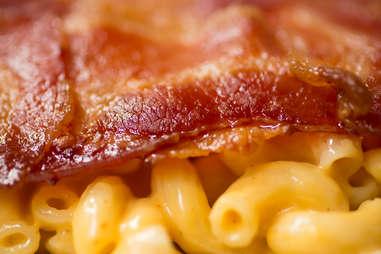 Bacon Mac and Cheese Quesadilla — Thrillist Recipes