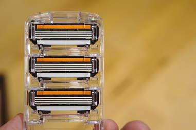 Blade cartridges