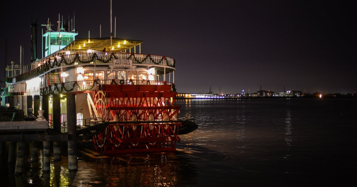 The Best Waterfront Bars Amp Restaurants In New Orleans
