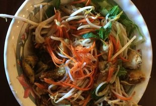 Thang Long Thai & Vietnamese Restaurant