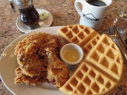 Breakfast House CHI