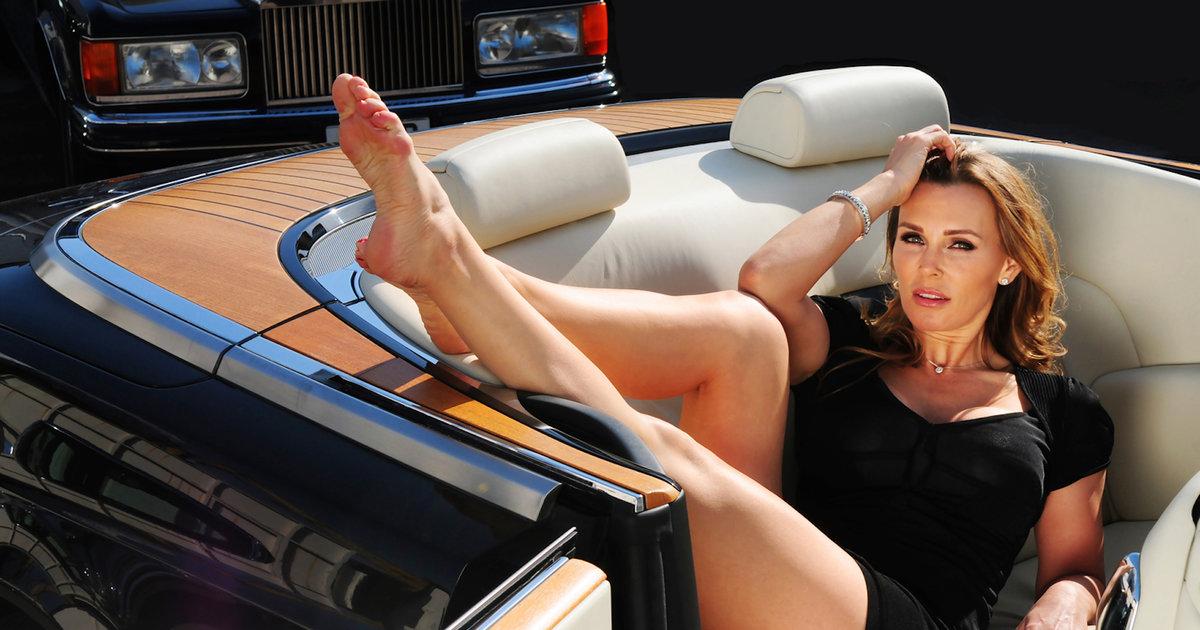 cougar women erotic comics