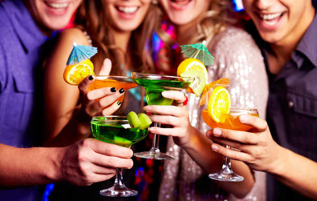 "These are the 6 best ""Cheers!"" in the world"
