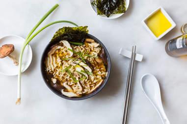 Truffled mushroom ramen — Thrillist Recipes