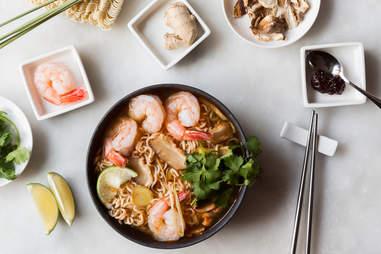 Tom yum ramen — Thrillist Recipes