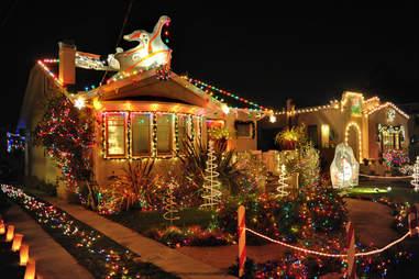 Thompson Ave. Alameda Christmas