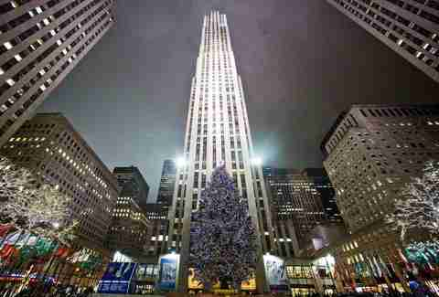 History of the Rockefeller Center Christmas Tree in NYC, Explained ...