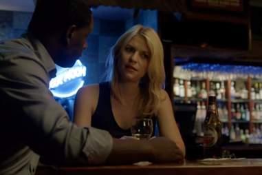 Carrie drinking on Homeland season 1, episode 4