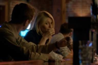Carrie drinking on Homeland season 1, episode 6