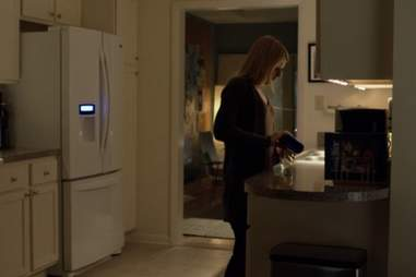 Carrie drinking on Homeland season 3, episode 5