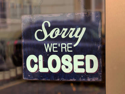 restaurant closed sign