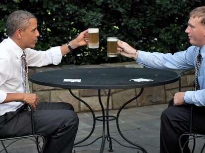 Obama and Sgt. Dakota Meyer toasting