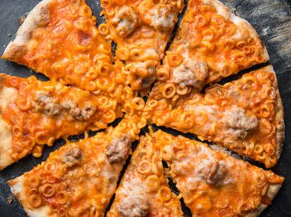 Spaghettios Pizza — Thrillist Recipes