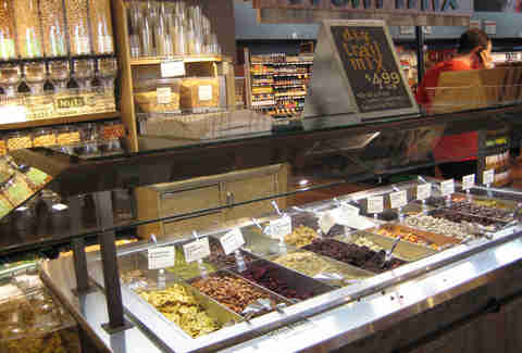 whole foods trail mix
