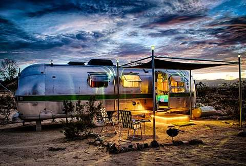 things you didn 39 t know about airstream trailers thrillist. Black Bedroom Furniture Sets. Home Design Ideas