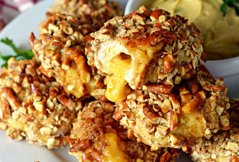 pretzel crusted chicken nuggets beer cheese