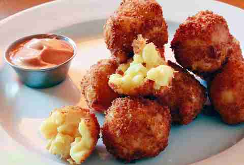 mac and cheese balls fred 62 los angeles