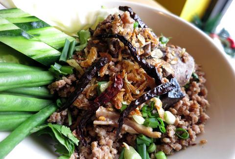 Best Thai Food Chicago Restaurants Thrillist