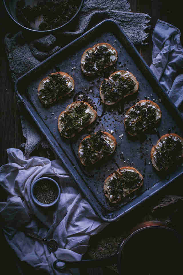Sauteed kale and goat cheese crostini