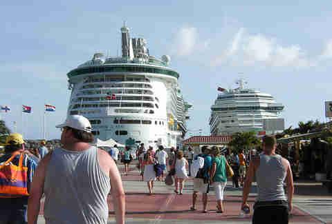 Hookup cruises