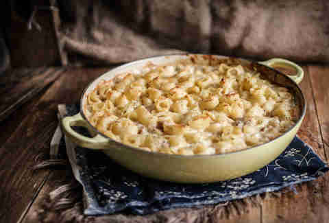 Apple sauce mac and cheese with apple sausage